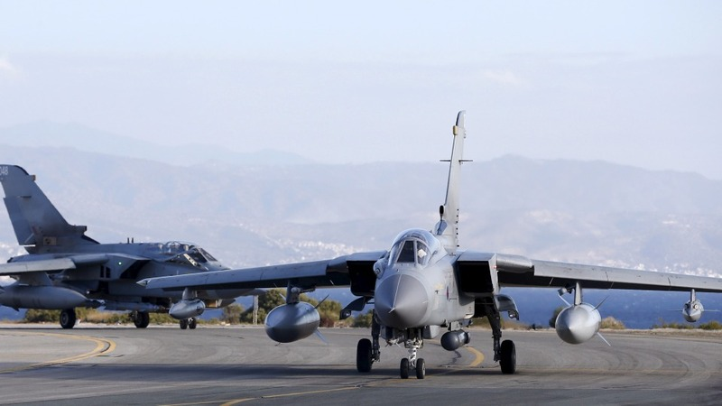 UK jets begin Syria bombing