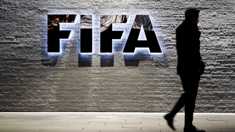 Arrested FIFA officials fight US extradition