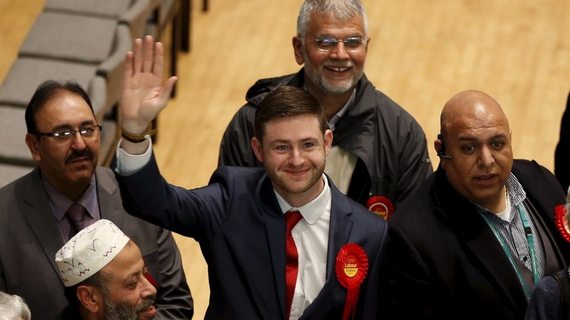 Corbyn champions by-election Labour win