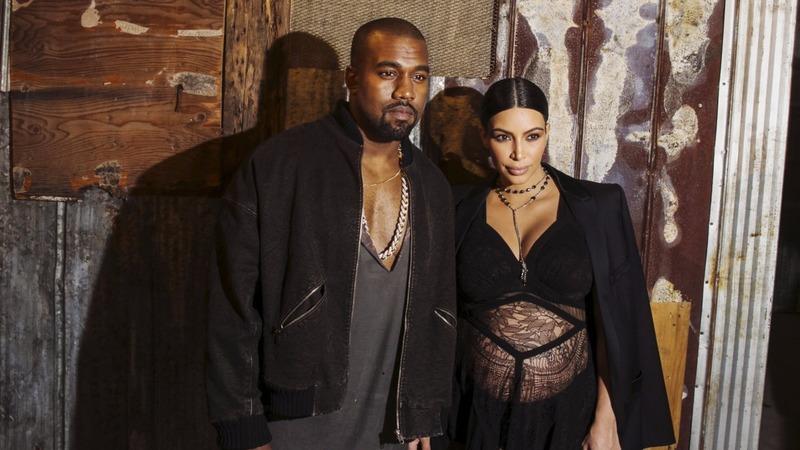 Kim Kardashian gives birth
