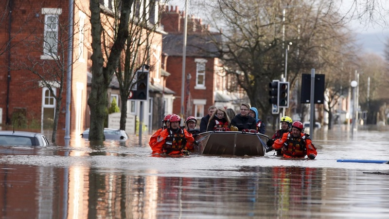 UK PM chairs emergency meeting on floods