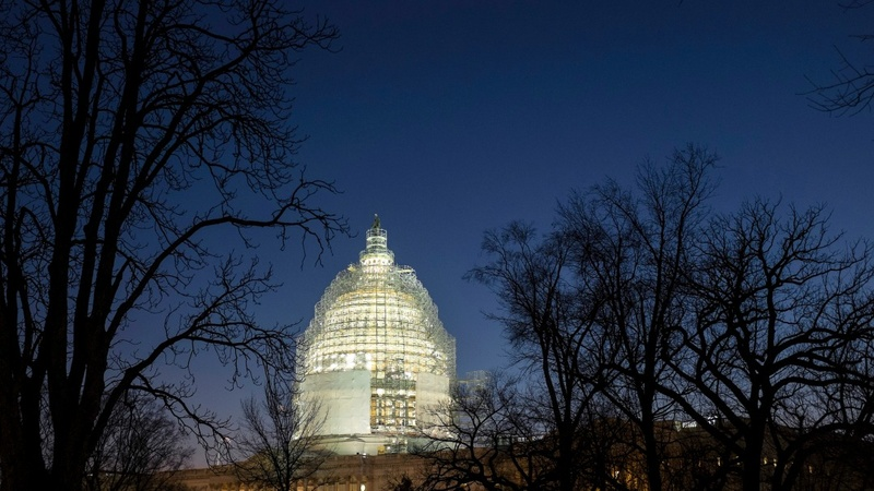 Pressure's on Congress to avoid gov't shutdown
