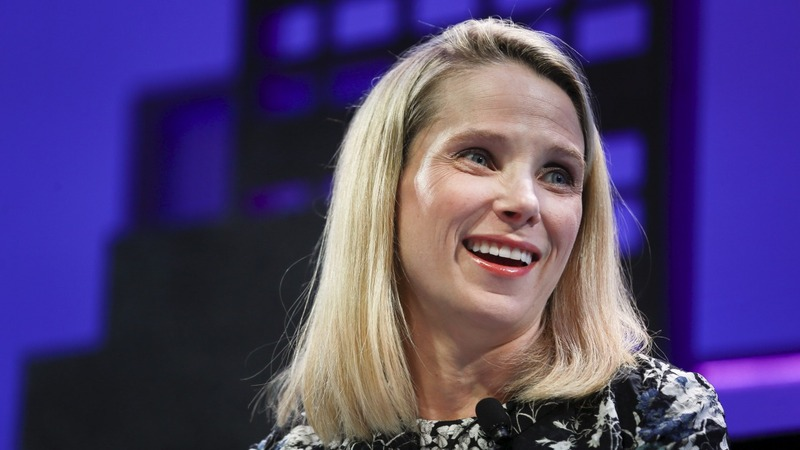 Yahoo's Marissa Mayer gives birth to twin girls