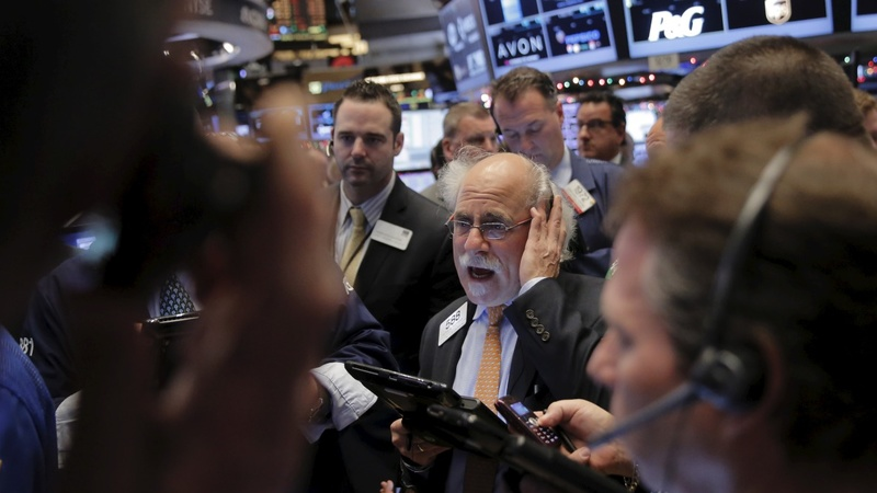 Stocks plunge along with oil prices
