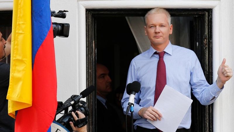 Julian Assange to face questioning at embassy