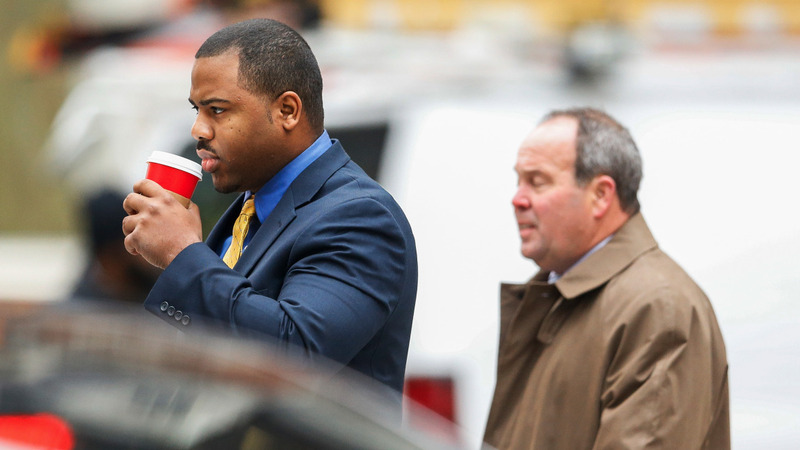 Jury weighs Baltimore cop's guilt in Gray's death