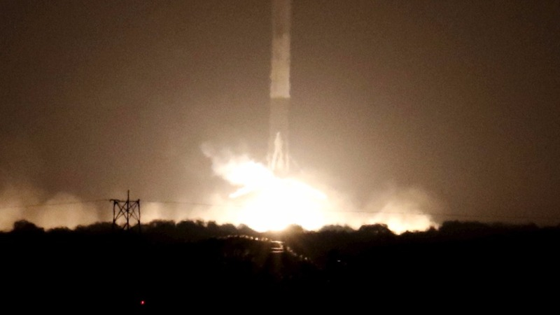SpaceX lands rocket back on Earth