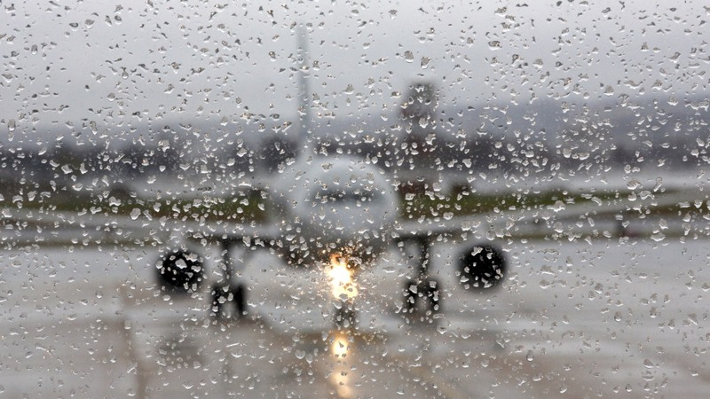 Messy winter weather for holiday travelers