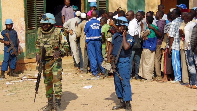Locals cast votes in Central African Republic