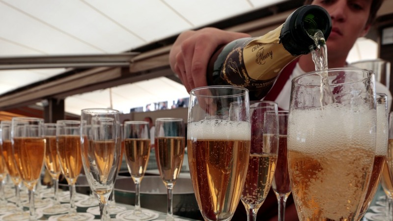 Champagne sales poised for record year