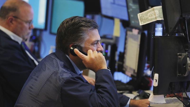 U.S. stocks see a sharp decline
