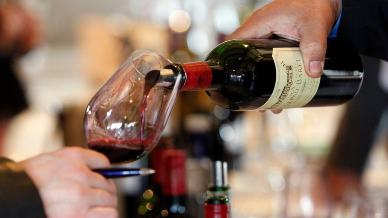 Drinking any alcohol increases cancer risk
