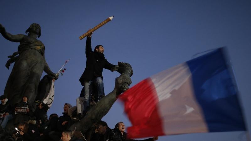 Photographer recounts iconic Paris attacks snap