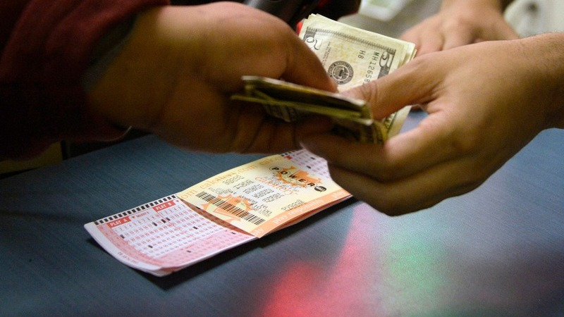 No winner in record Powerball jackpot