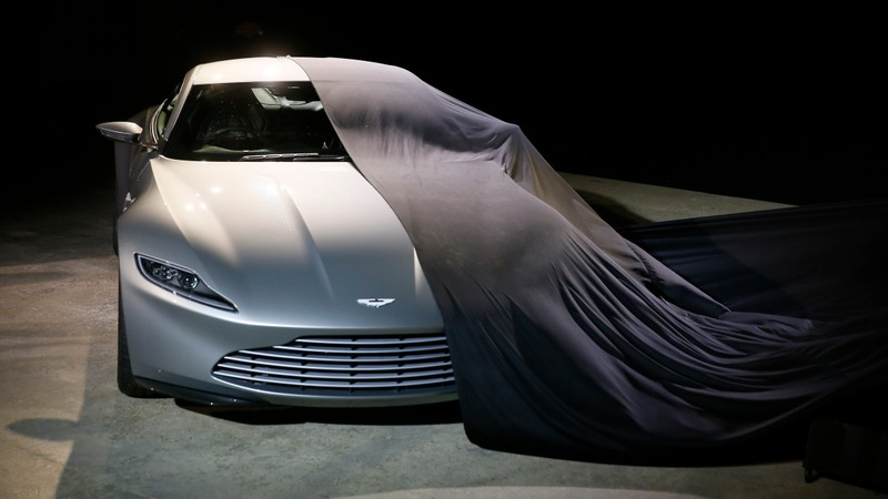 Ultra-luxury comes first at Detroit auto show