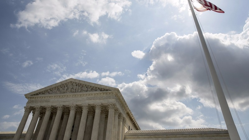 High court looks ready to cut back union power