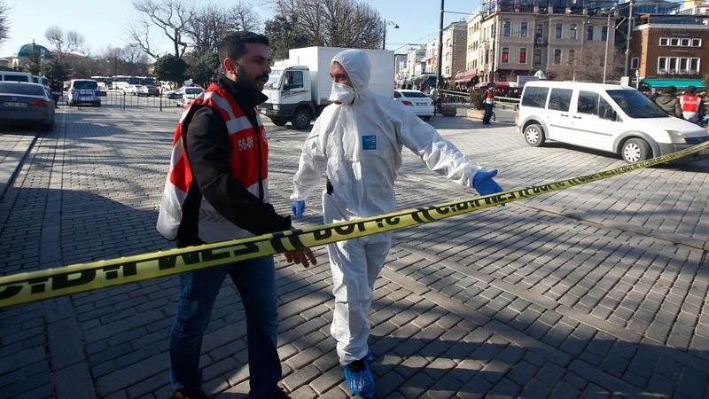 Blast in Istanbul tourist district kills 10