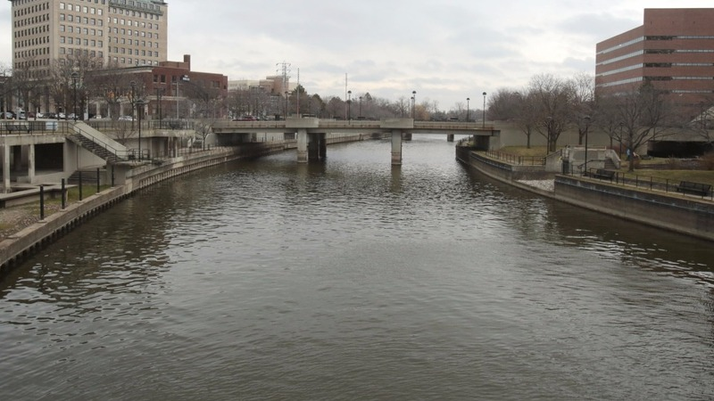 Lead contamination from Flint river draws federal help