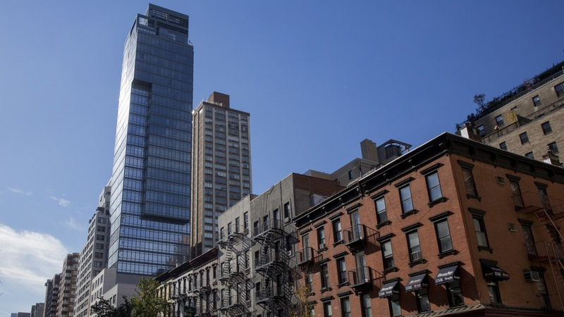 U.S. sees luxury condos as possible laundering schemes