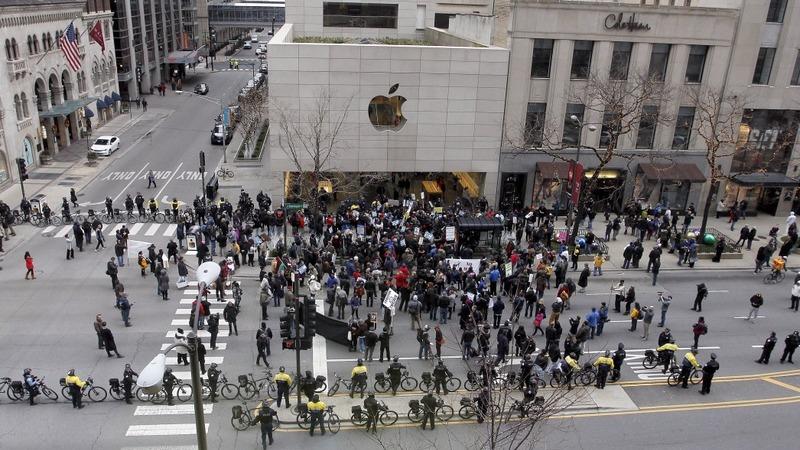Tech slammed again in market rout