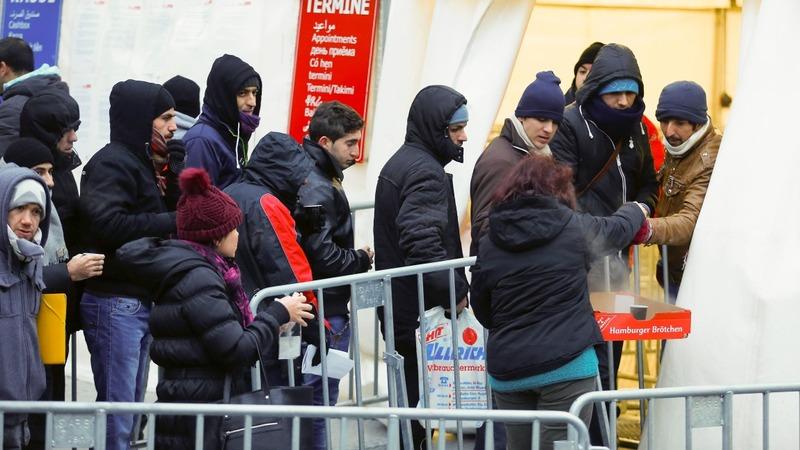 Male asylum seekers banned from German pool