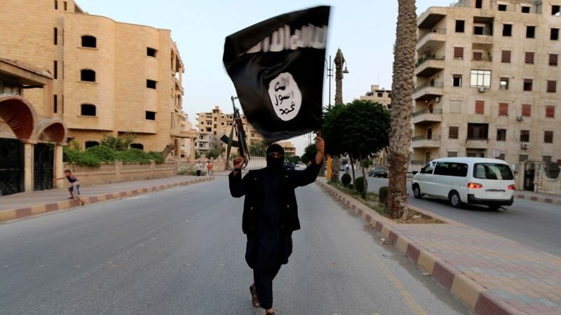 Islamic State frees 270 captives in Syria