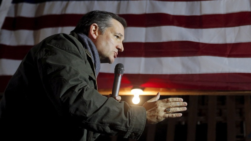 Cruz  takes risk in detour to New Hampshire