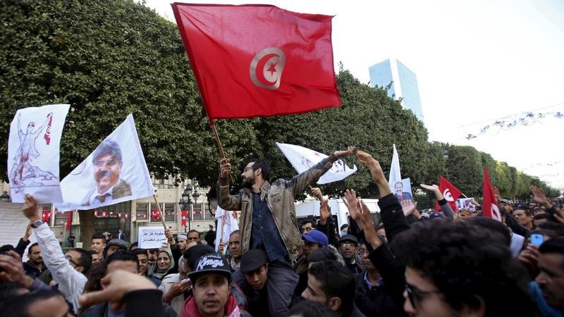 Tunisia riots continue over job market