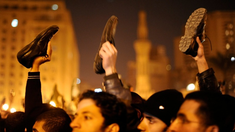Egyptian activist shunned, five years after revolt