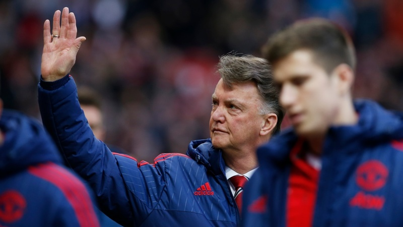 Man United say Van Gaal made no offer to quit
