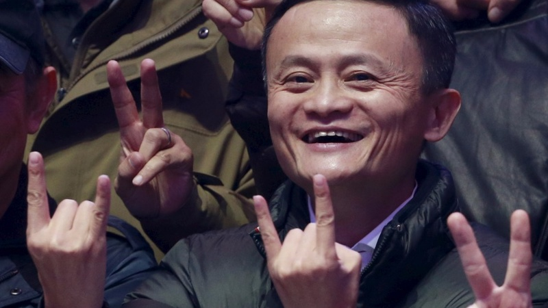 Alibaba growth defies China slowdown