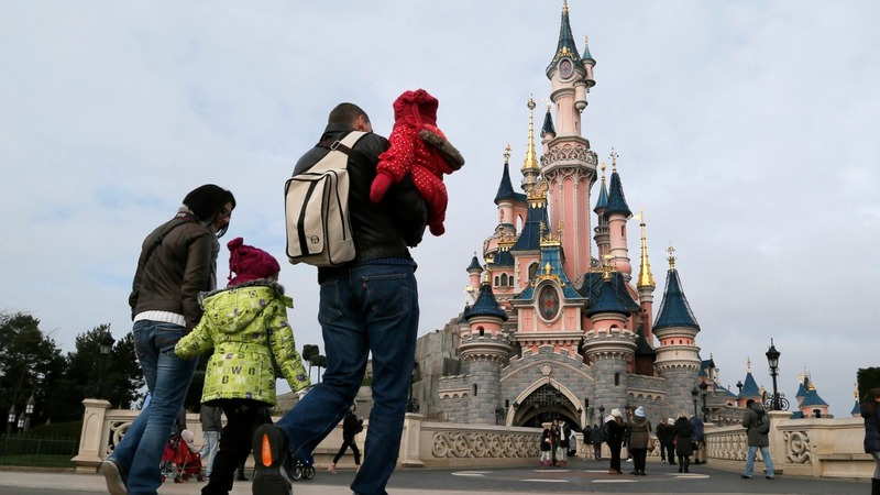 Man arrested with handguns at Disneyland Paris