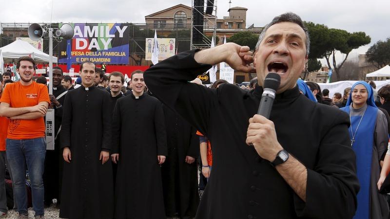 Rome rallies against same-sex unions