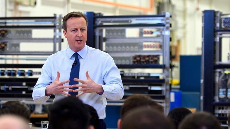 Cameron defends draft EU deal