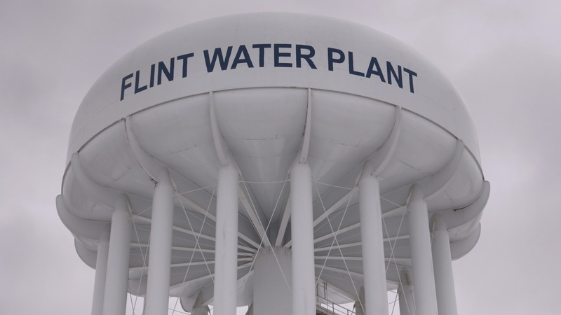 Michigan gov. seeks $30 mln to pay Flint bill