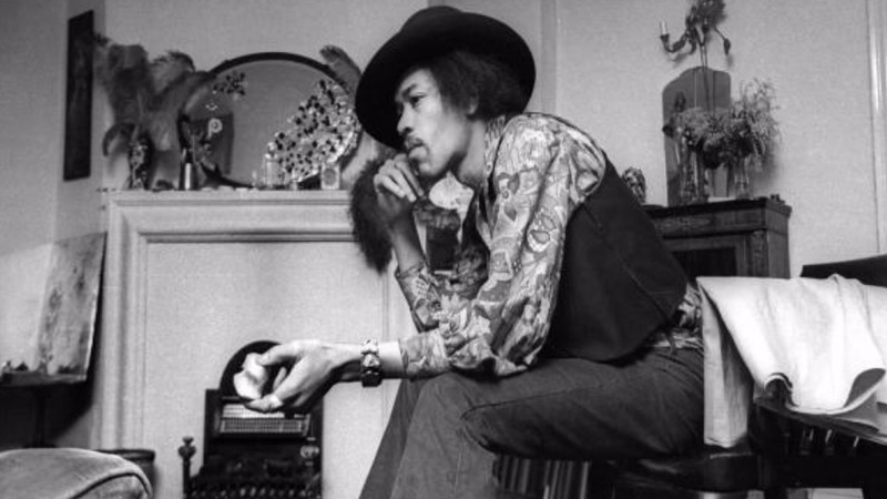 Hendrix's London flat opens to the public
