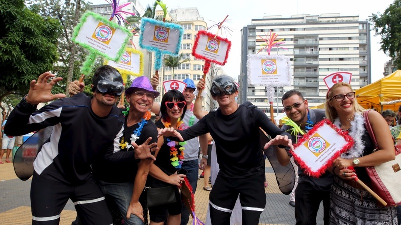 Carnival celebrations go on, in spite of Zika