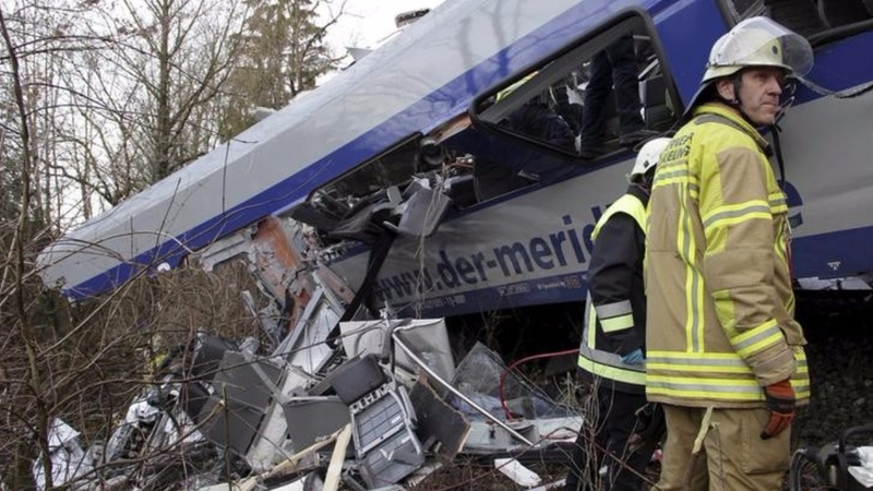 German rail crash death toll rises to 10