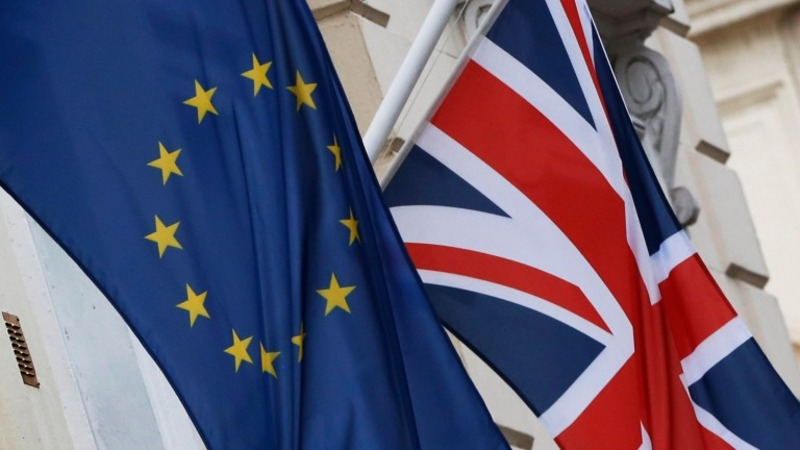 EU warns UK deal 'fragile'