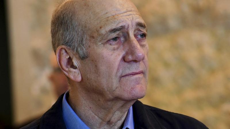 Former Israeli PM Olmert begins jail term