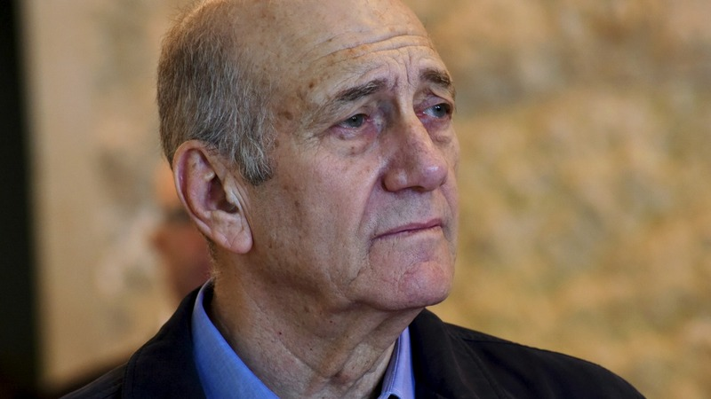 Former Israeli PM Olmert begins jail term