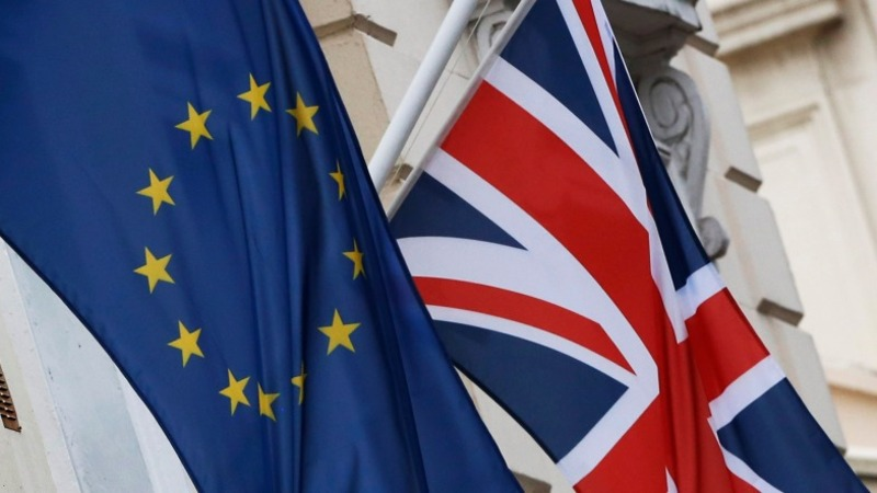 UK split over EU or still undecided