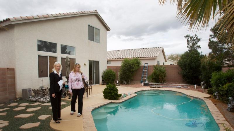 Nevada's housing hangover vexes 2016 Dems