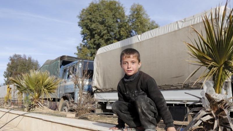 Aid trucks reach starving civilians in Syria