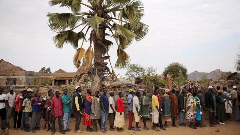 Uganda votes for president amid rigging fears