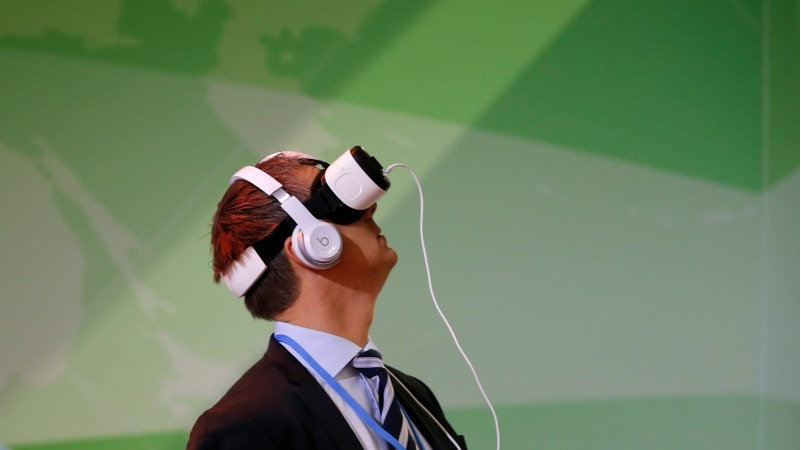 Mobile phones to get into 360-degree video