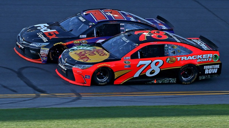 Daytona 500 ends in closest victory ever