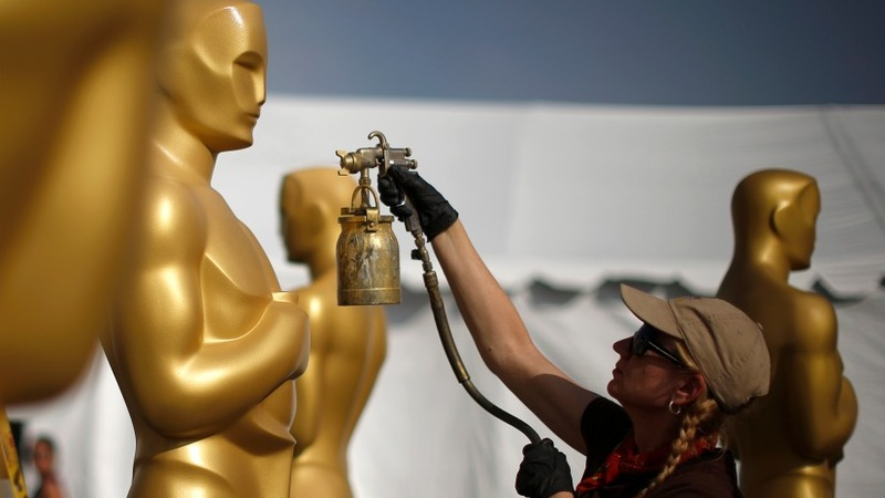 Big primping for male stars at the Oscars