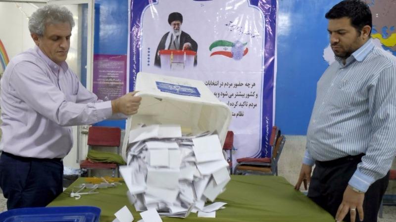 Moderates make gains in crucial Iran votes