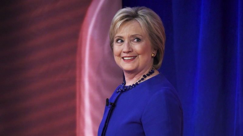 Clinton thrashes Sanders in S. Carolina